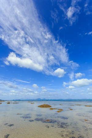 Tropical sea and blue sky in Koh Samui, Thailand photo