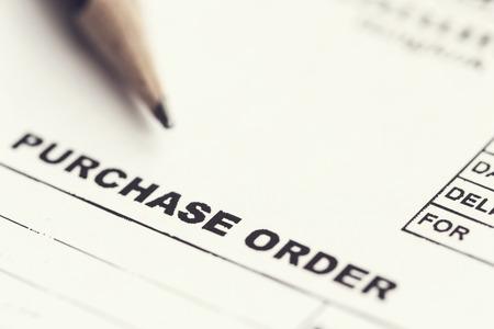 purchase order: Orden de compra Macro con lápiz