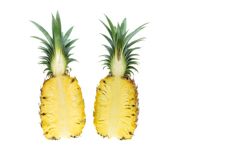 Close up fresh pineapple isolated on white background Foto de archivo