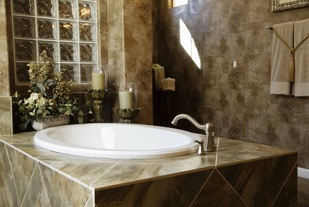 expensive granite: Luxury Bathroom
