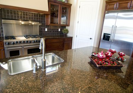 mostradores: Hermoso dise�o de interiores de cocina Foto de archivo
