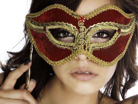 femme masqu�e: Belle femme myst�rieuse derri�re le masque ORNEE  Banque d'images