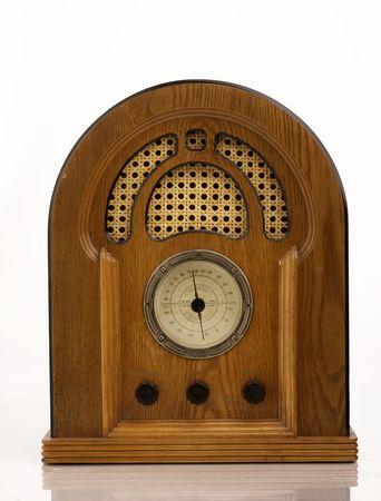 equipo de sonido: Una cosecha de la radio sobre fondo blanco.  Foto de archivo