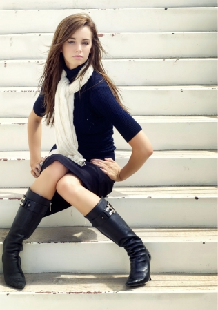Fashion style portrait of beautiful young woman  photo