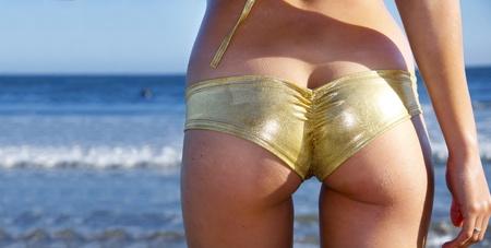 girl ass: Sexy beach bum
