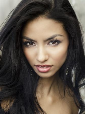 american sexy: Красивая экзотических молодая женщина лицо