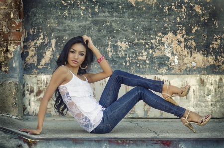 latina girl: Beautiful exotic young woman