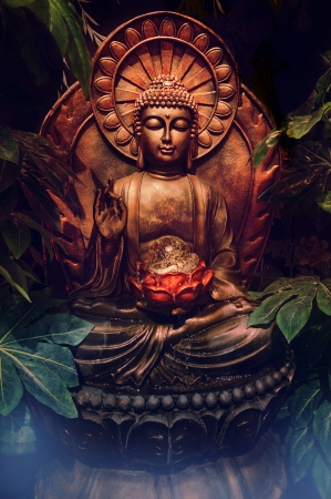 buddha tranquil: Buddhist statue Stock Photo