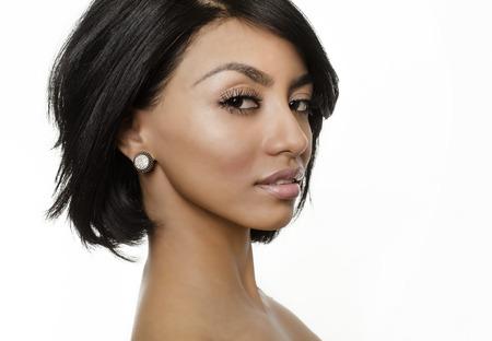 hair short: Joven y bella mujer ex�tica
