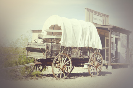 Wild West Wagon en general store