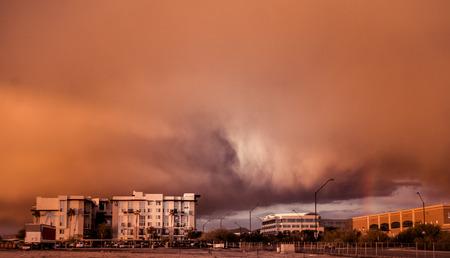 フェニックス、アリゾナ州で砂塵嵐砂嵐の天候システム