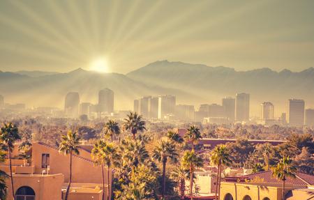 フェニックス、アリゾナ州、アメリカ合衆国の日の出 写真素材