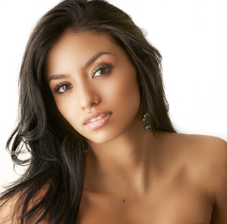 bare girl: Beautiful exotic young woman