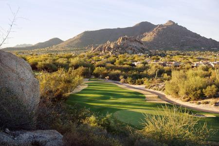 Arizona stylu pustynnym ustawienie społeczności pole golfowe Zdjęcie Seryjne