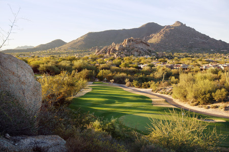 entorno de la comunidad estilo campo de golf del desierto de Arizona