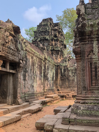 Angkor Cambodia Ancient wall Temples background and exotic travel imagery Imagens - 121101276