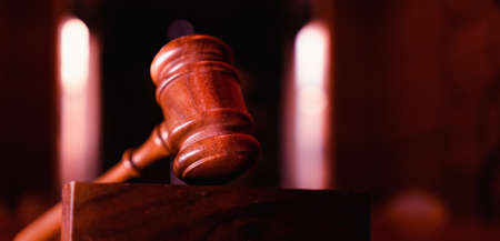 Court room with focus on gavel, legal, law concept image. 免版税图像