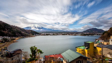 kawaguchi ko: Mt Fuji view from the lake Kawaguchiko Stock Photo