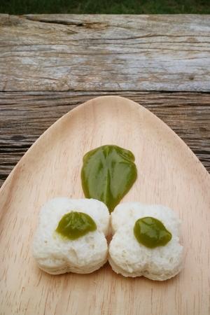custard slices: Thai dessert, custard bread on wood plates