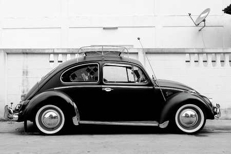 car model: Volkswagen beetle classic car