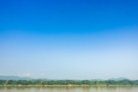 Beautiful scenery and bright sky along the Mekong River between Thailand and Laos. Reklamní fotografie