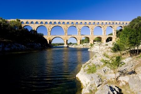 du ร    ก ร: Roman aqueduct, Pont du Gard, Languedoc-Roussillon, France Stock Photo