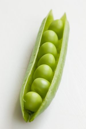 peas in a pod: pea pod