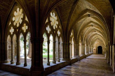 monasteri: interno del monastero di Veruela, provincia di Saragozza, Aragona, Spagna  Editoriali