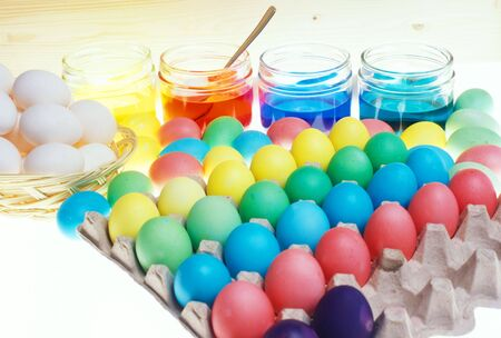 festival moments: Easter eggs coloration