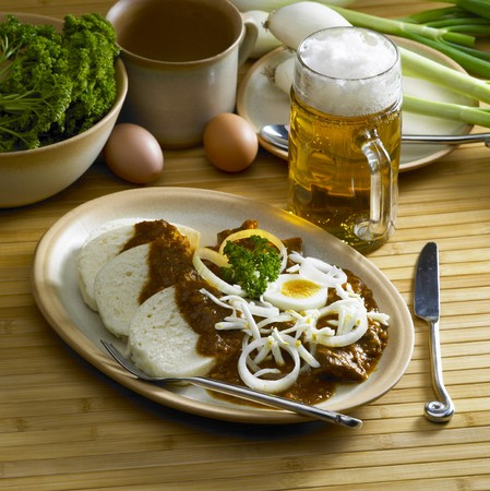 goulash: beef goulash with egg
