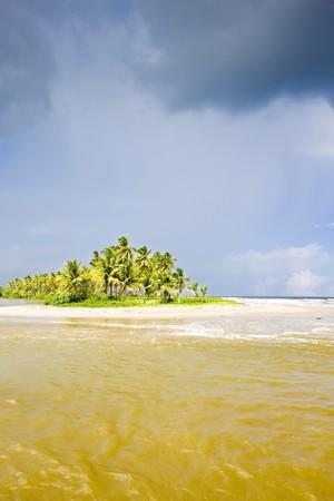 cocos: Cocos Bay, Trinidad