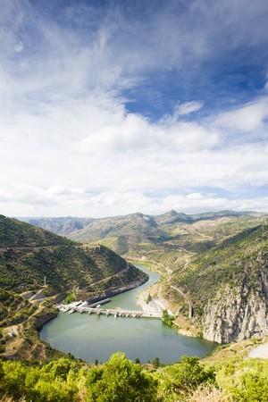 douro: Valeira Barrier, Douro Valley, Portugal