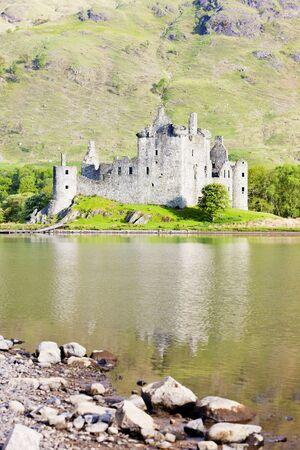awe: Kilchurn Castle, Loch Awe, Scotland Stock Photo