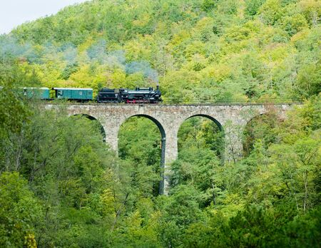 traction engine: Zampach viaduct, Czech Republic