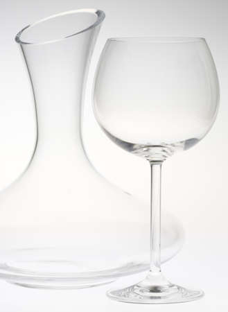 carafe: wine glass with carafe
