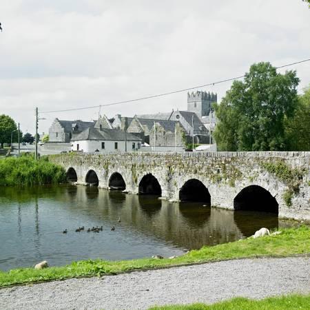 county tipperary: Holycross, County North Tipperary, Ireland Stock Photo