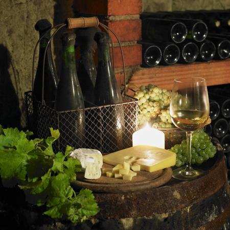 bodegones: bodeg�n en la bodega de vinos, Bily sklep rodiny Adamkovy, Chvalovice, Rep�blica Checa