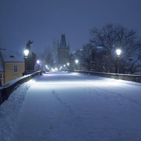 charles bridge: Charles bridge in winter, Prague, Czech Republic