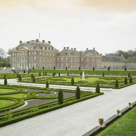 loo: palace and gardens, Paleis Het Loo Castle near Apeldoorn, Netherlands Stock Photo