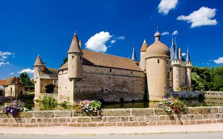 la: Chateau de la Clayette, Burgundy, France
