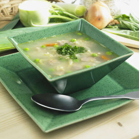 bodegones: Sopa de cebada escoc�s con carne de cordero