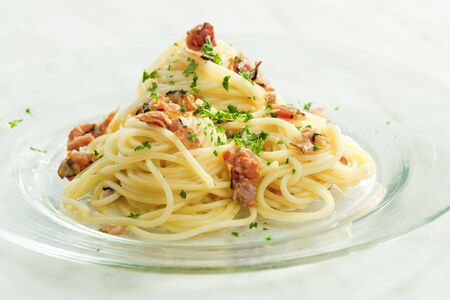 carbonara: spaghetti carbonara