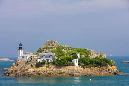 al: lighthouse, Pointe de Pen al Lann, Brittany, France