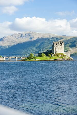 Eilean Donan Castle, Loch Duich, Scotland Stock Photo - 9016687