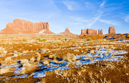 Monument Valley National Park, Utah-Arizona, USA photo