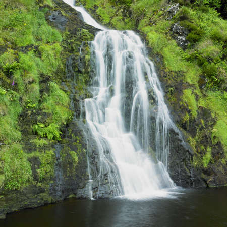 eire: Assarancagh Waterfall, County Donegal, Ireland
