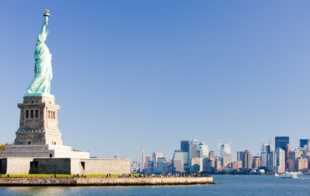 liberty island: Statua della libert� e Manhattan, New York City, USA