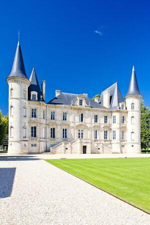 aquitaine: Chateau Pichon Longueville, Bordeaux Region, France Stock Photo