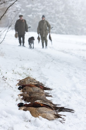 outside shooting: hunters at hunt