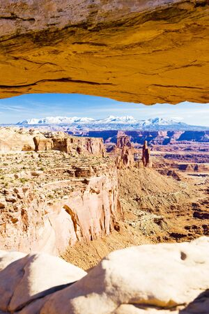 Mesa Arch, Canyonlands National Park, Utah, USA photo